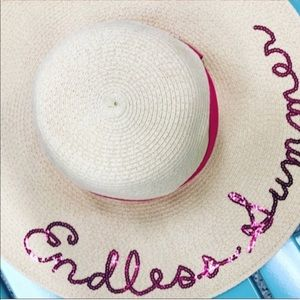 Endless Summer Floppy Beach Hat • NWT